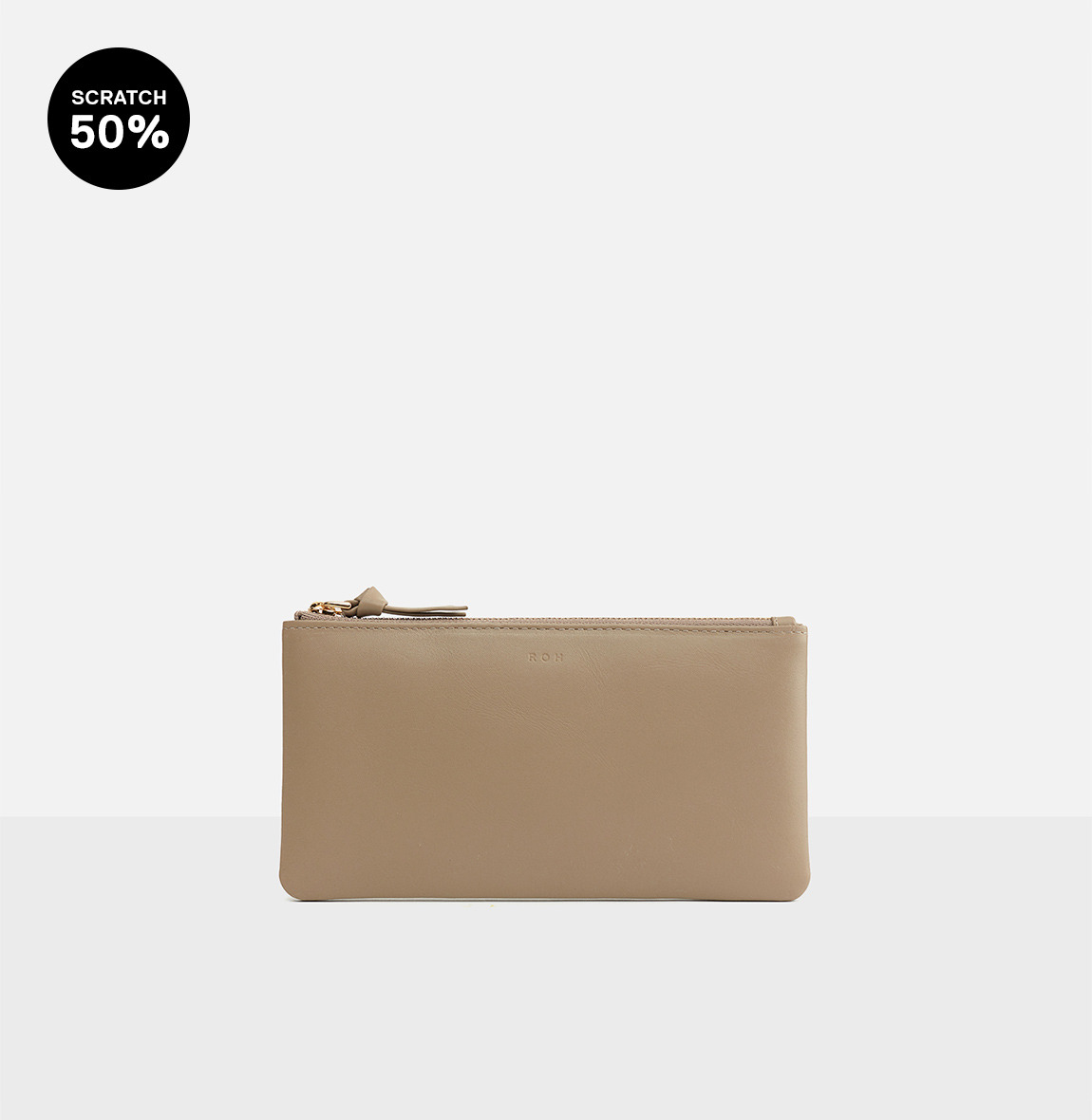 Square large zip wallet  Beige-스크레치