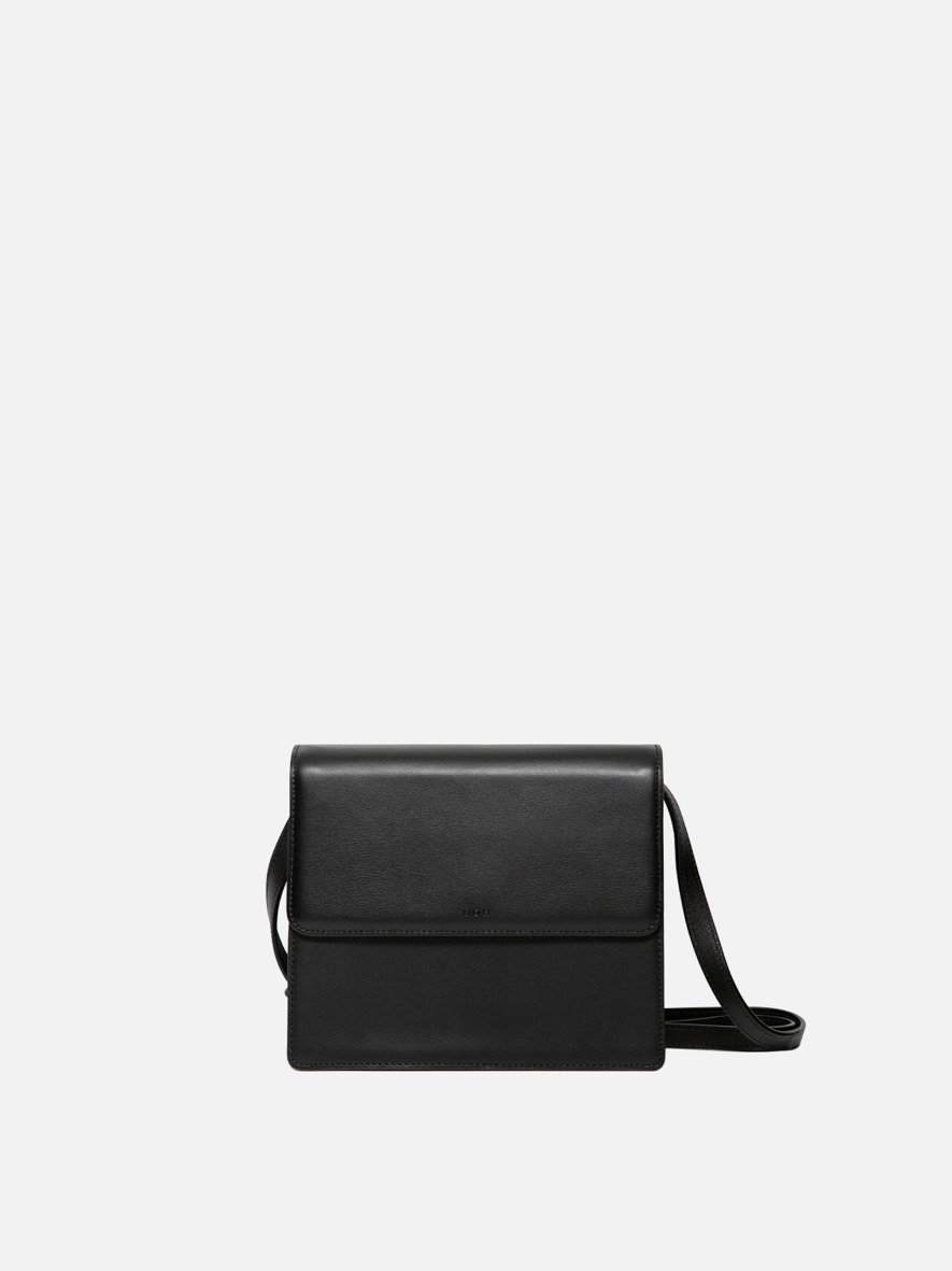 Flap medium shoulder bag Black